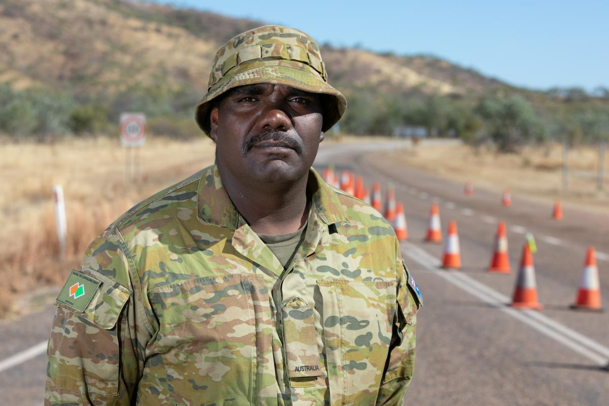 Private Frank Marrar at a check point near the Western Australia border during Operation COVID-19 Assist. Photo: Petty Officer Peter Thompson
