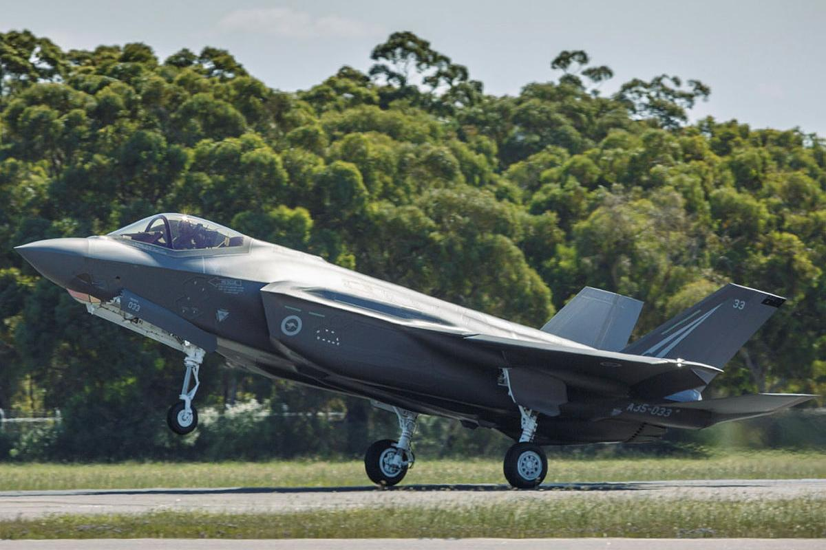 F-35A Lightning II aircraft A35-033 touches down at RAAF Base Williamtown after transiting from the United States. Photo: Sergeant David Gibbs