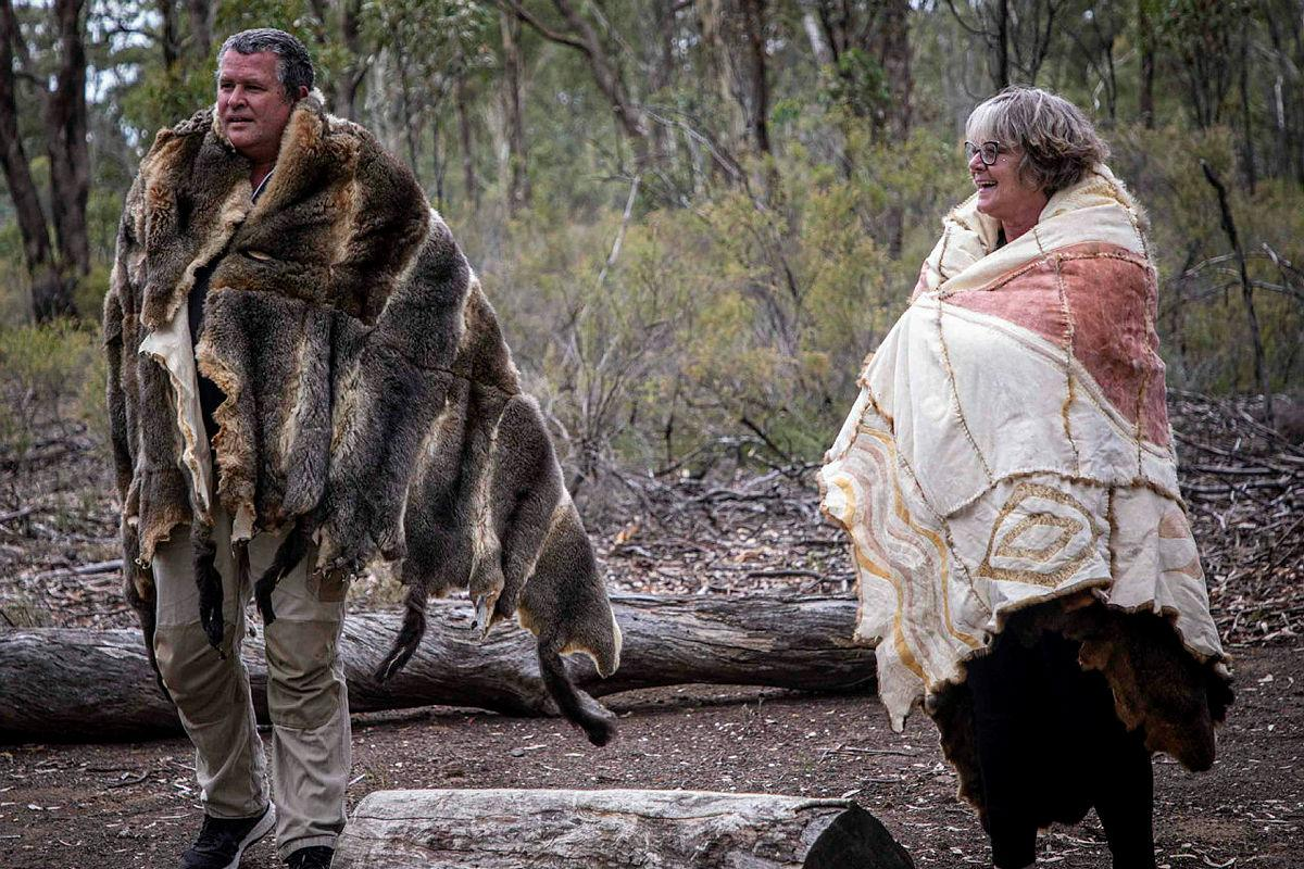 Uncle Shane and Aunty Joanne welcome newly arrived Army and APS members to the Puckapunyal Military Area during a ceremony at the base yarning circle. Photo: Corporal Jessica Haines-Hann