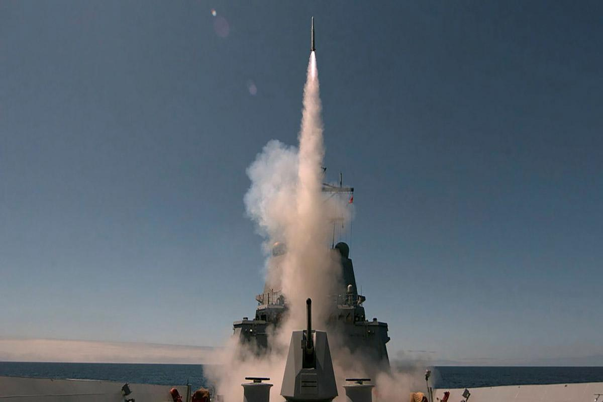 An Evolved Sea Sparrow Missile is fired from HMAS Sydney for the first time during Sydney's sea qualification trials off the coast of the United States. Photo: Matt Skirde
