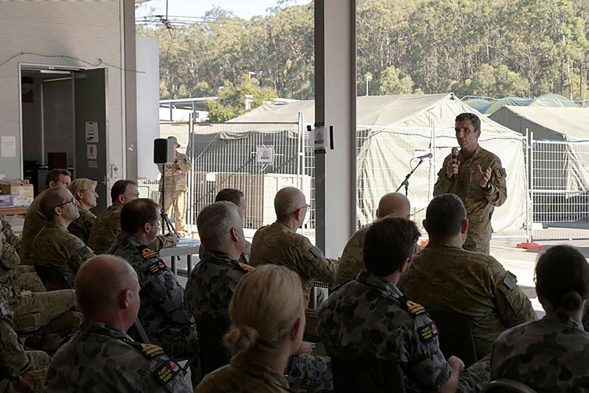 Commander Headquarters 1 Division and Deployable Joint Force Headquarters Major General Jake Ellwood addresses personnel at Exercise Polygon Wood.