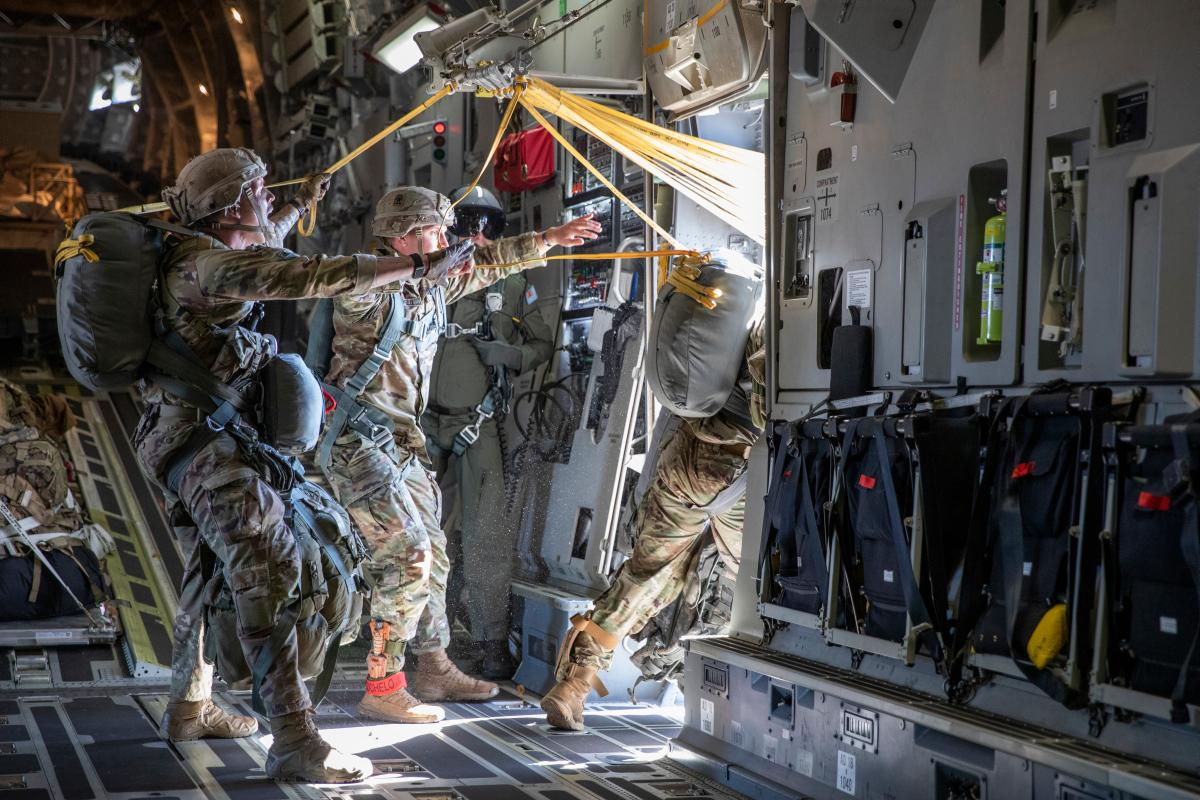 """Alaskan based US Army paratroopers from 3rd Battalion, 509th Parachute Infantry Regiment, 4th Infantry Brigade Combat Team (Airbone), 25th Infantry Division """"Spartan Brigade"""", paradrop from a RAAF C-17A  on Talisman Sabre 21. Photo: LACW Emma Schwenke"""